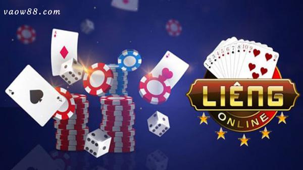 Bài Liêng có cách cược như Poker và cách chơi như bài Cào